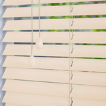 Mississippi 35 Snow - Off White Wooden Blinds