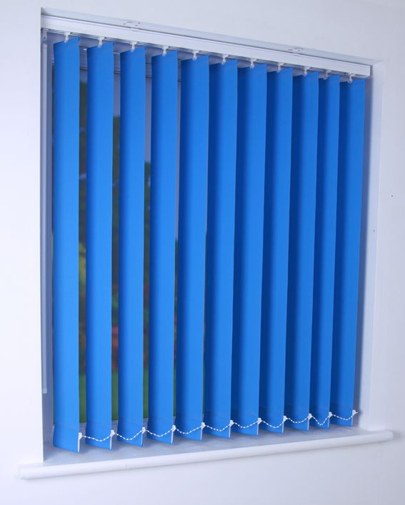 Bermuda plain vertical blind in light blue quality made to measure vertical blinds